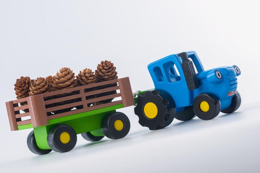Синий трактор игрушка из дерева | Деревянная игрушка из ...